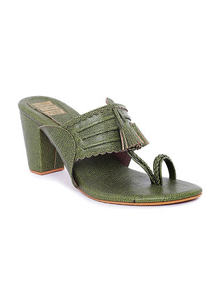 Green Handcrafted Kolhapuri Block Heels with Tassels