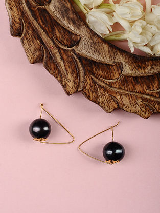 Gold Earrings with Black Freshwater Pearls