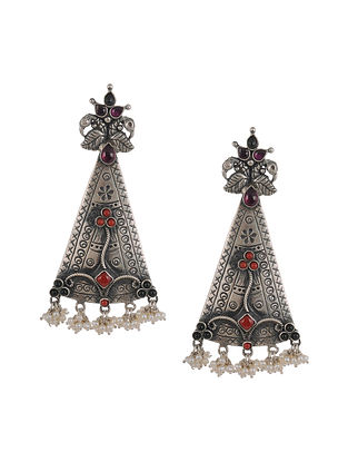 Kempstone and Coral Encrusted Tribal Silver Earrings with Pearls
