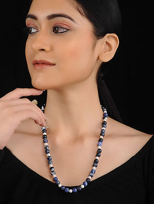 White Blue Sodalite and Fresh Water Pearl Beaded Necklace