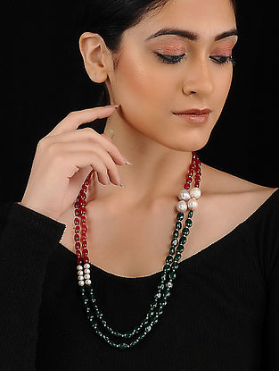 Red Green Quartz Vals and Pearl Beaded Necklace