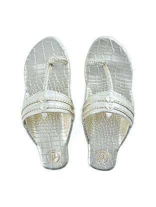 Silver Textured Faux Leather Kohlapuri Flats