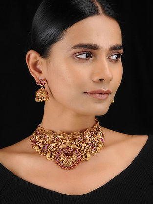 Ruby Red Gold Tone Temple Work Choker Necklace with Earrings (Set of 2)