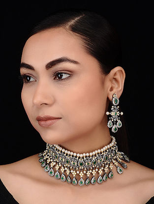 Green-White Gold Tone Polki Choker Necklace with Earrings (Set of 2)