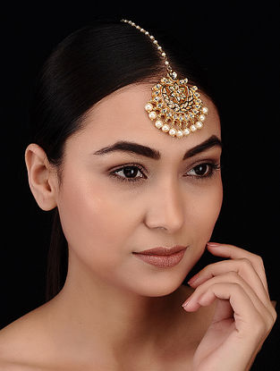 Gold Tone Kundan Inspired Pearl Beaded Maang Tikka