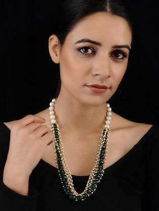 Green-White Pearl Necklace