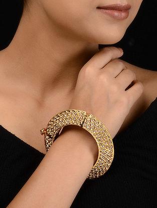 Gold Tone Pearl and Punjabi Jadau Bangle