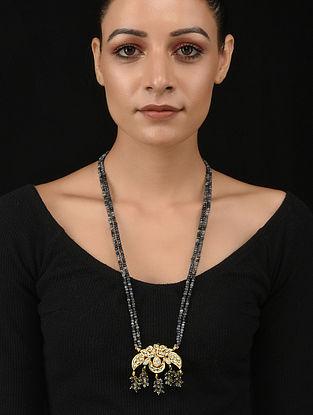 Grey Gold Tone Kundan Necklace