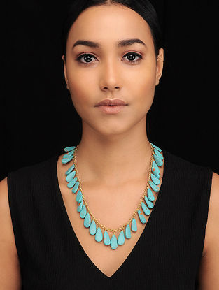 Turquoise Gold Tone Beaded Necklace