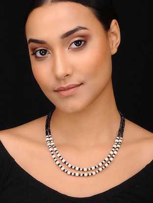 Black Gold Tone Beaded Necklace With Pearls