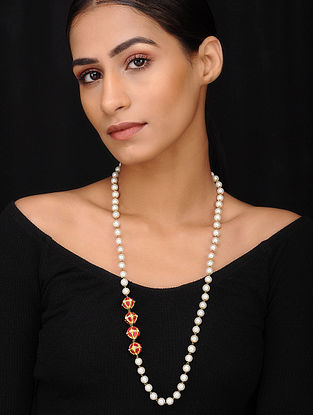 Red Gold Tone Pearl Beaded Necklace