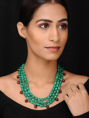 Green Maroon Gold Tone Beaded Necklace