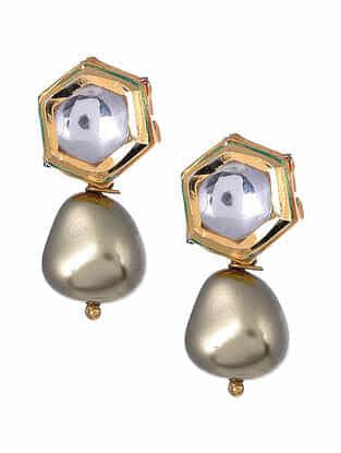 Grey Gold Tone Kundan Earrings with Pearls