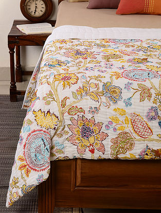 Floral White-Yellow Quilt 102in x 98in