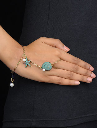 Classic Turquoise Gold Tone Hand Harness with Pearls