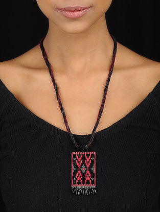 Red-Black Handcrafted Glass Beaded Necklace
