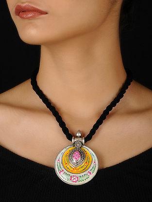 Yellow-White Enameled Silver Thread Necklace