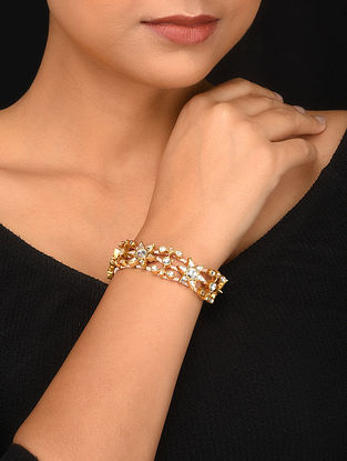 Gold Plated Kundan Bracelet with Pearls