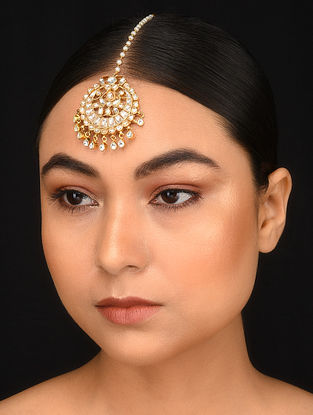 Gold Plated Kundan Maang Tikka with Pearls