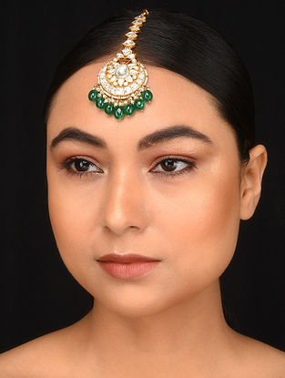Green Gold Plated Kundan Maang Tikka with Pearls