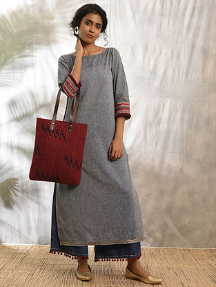 GHUMAKKAD - Grey Cotton Kurta with Raw Edge Hem and Top Stitch
