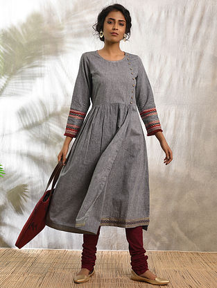 FHIRAMTA - Grey Cotton Kurta with Raw Edge Hem and Top Stitch