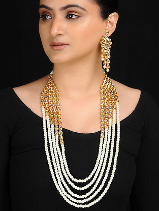 White Gold Tone Kundan Inspired Pearl Beaded Necklace with Earrings (Set of 2)
