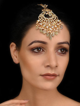 Gold Tone Kundan Maang Tikka with Fluorite and Pearls