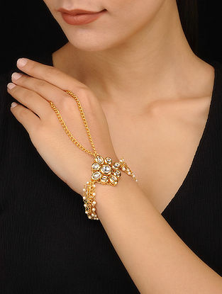 Gold Tone Kundan Bracelet with Pearls