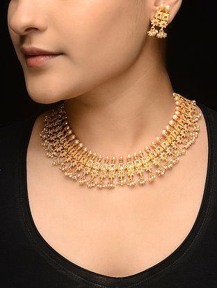 Pink Gold-plated Pearl Beaded Necklace with a Pair of Earrings (Set of 2)