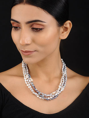 Grey and White Baroque Pearl Beaded Silver Necklace