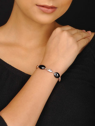 Black Spinel and Baroque Pearl Silver Bracelet