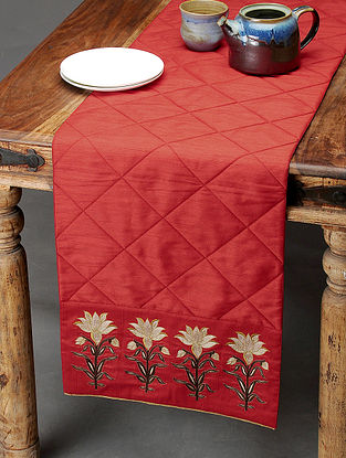 Red-Ivory Table Runner with Embroidered Bootas