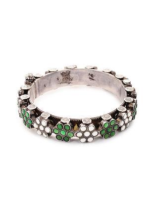 Green Glass Tribal Silver Hinged Opening Bangle (Bangle Size: 2/4)