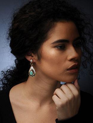 Calzedonia and Pearl Earrings