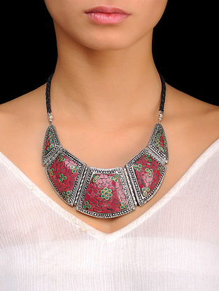 Coral-Red Bold Necklace