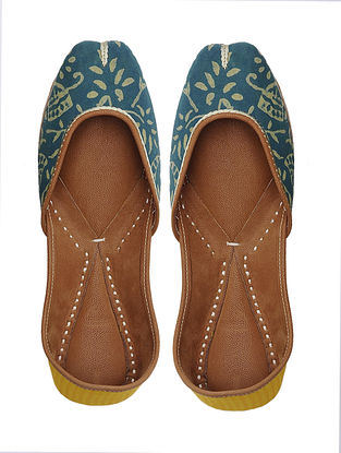 Blue-Yellow Handcrafted Cotton Jutti