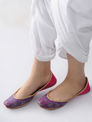 Purple-Pink Handcrafted Ikat Cotton and Leather Juttis
