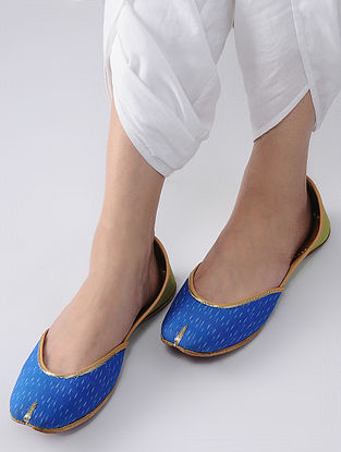 Blue-Green Handcrafted Ikat Cotton and Leather Juttis