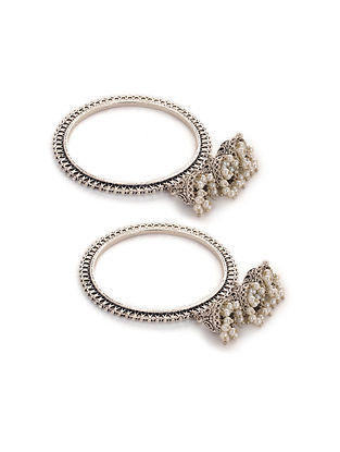 Silver Tone Bangles with Pearls (Set of 2) (Bangle Size: 2/4)