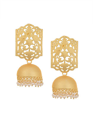 Gold Tone Earrings with Pearls