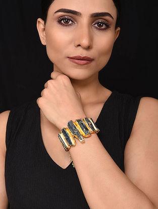 Gold Tone Bracelet with Quartz