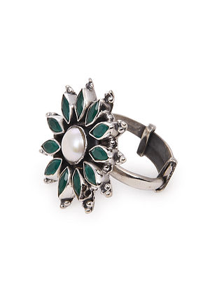 Green Tribal Silver Ring with Pearl