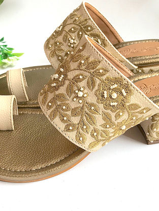 Cream-Gold Handcrafted Zari Embroidered Kolhapuri Block Heels with Pearl Beads
