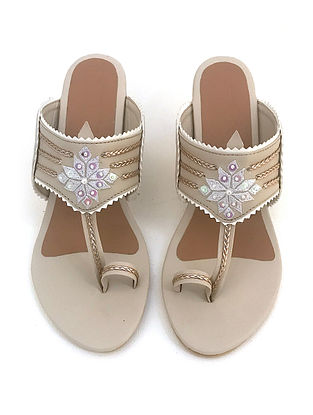 Cream Gold Zari Motif Kolapuri Leather Block Heels