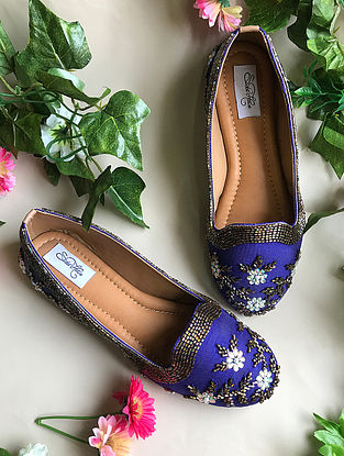 Blue-Gold Handcrafted Raw Silk Juttis with Cut dana Work