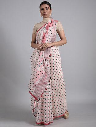 Off White Handwoven Dhakai Jamdani Muslin Cotton Saree