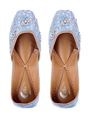 Aqua Gota-Embroidered Leather Juttis