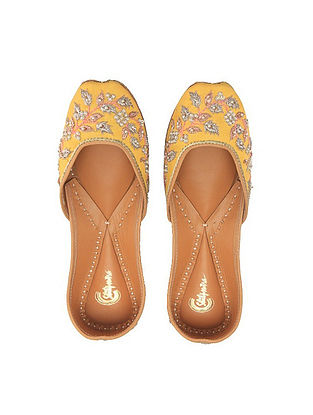 Yellow Hand-Embroidered Silk and Leather Juttis with Embellishments