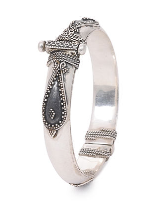 Hinged Opening Tribal Silver Bangle (Bangle Size -2/6)